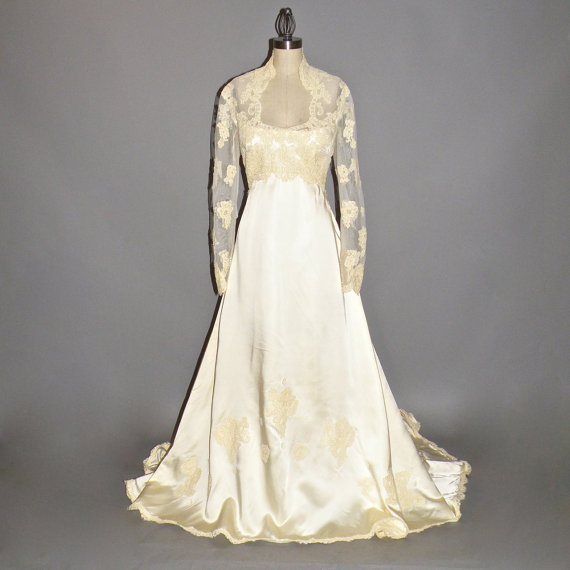 1970s Wedding Dress