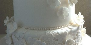 Vintage Wedding Pearls and Lace